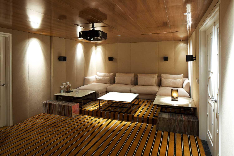 Foto inspirasi ide desain ruang keluarga kontemporer Livingroom oleh VIN•DA•TE di Arsitag