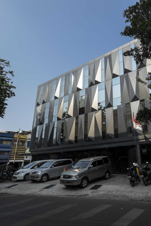 Vin•da•te Cv. Berkah - Office Project Jakarta-Indonesia Jakarta-Indonesia Front View Modern 15740