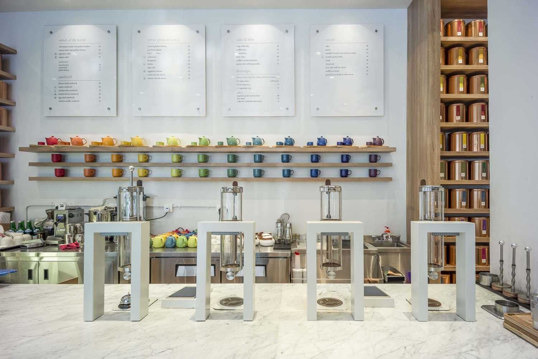 Foto inspirasi ide desain tangga tropis Counter area oleh VIN•DA•TE di Arsitag