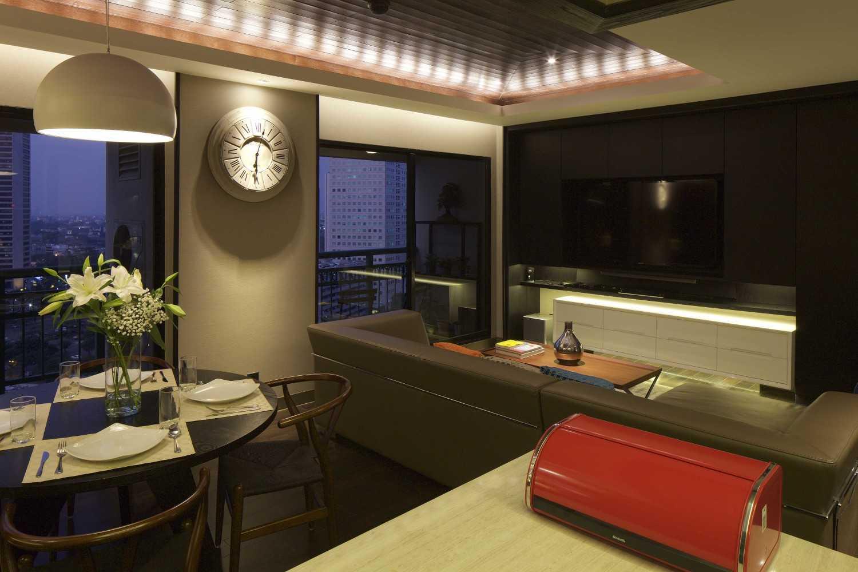 Vin•da•te Pavilion Apartment Jakarta-Indonesia Jakarta-Indonesia Living And Dining Room Modern 17538