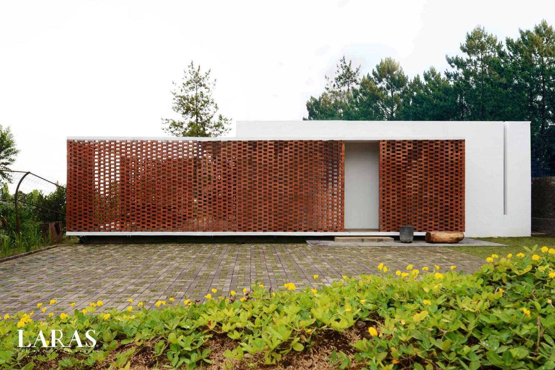 Eben White Perforated Brick House Bandung Bandung Front View Modern,tropis 29652