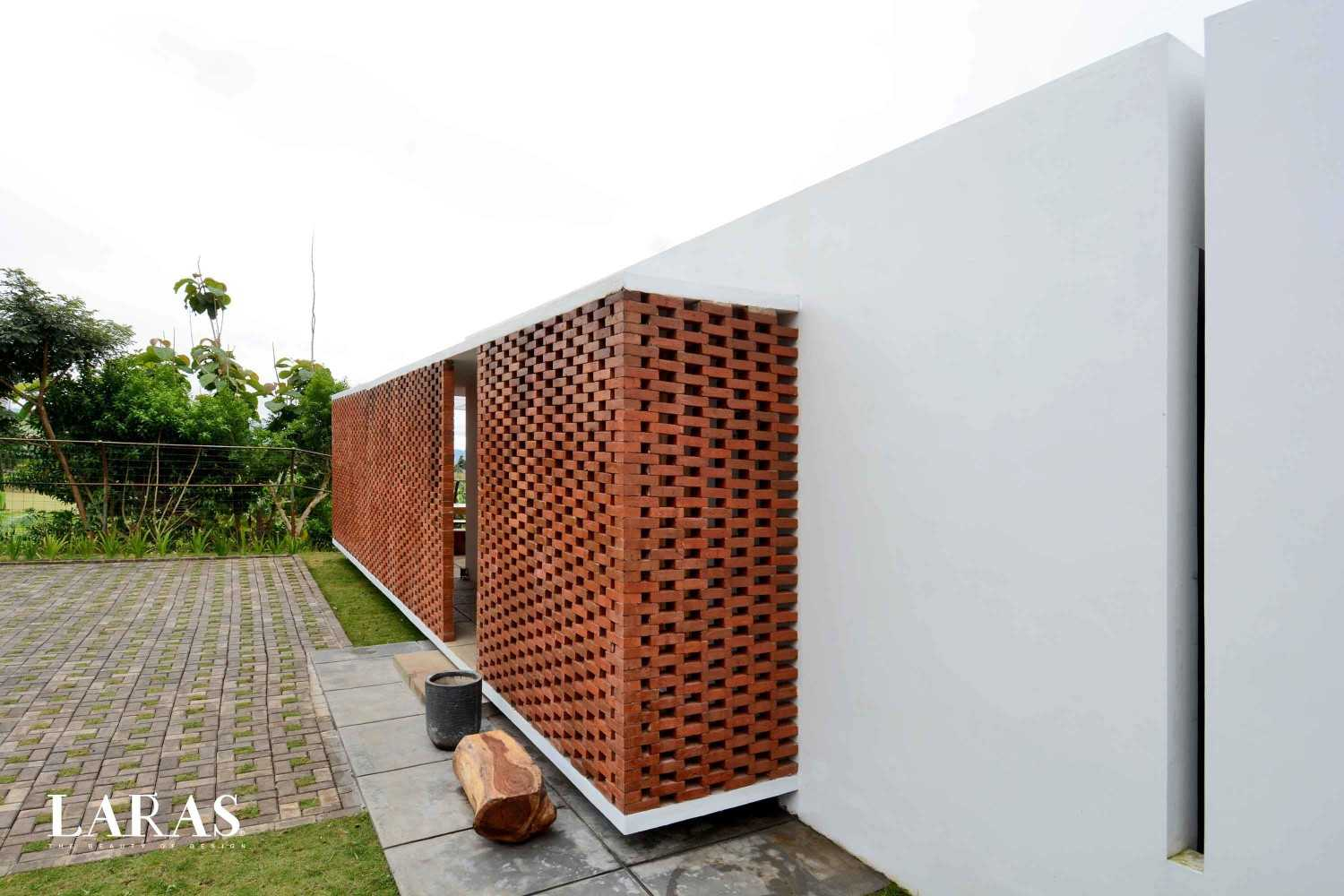 Eben White Perforated Brick House Bandung Bandung Corner View Modern,tropis 29653