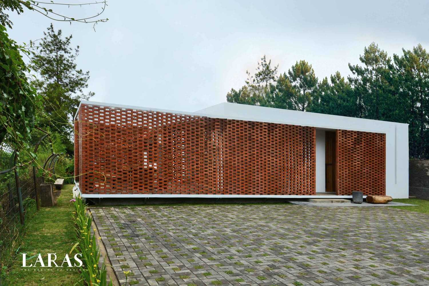 Eben White Perforated Brick House Bandung Bandung Corner View Modern,tropis 29656