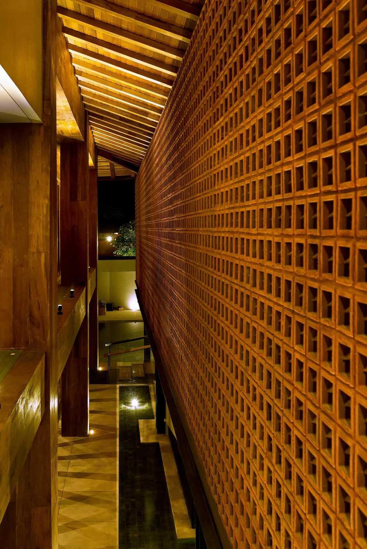 Mint-Ds Djati Lounge & Djoglo Bungalow Araya, Malang, East Java Araya, Malang, East Java Interior Details  16173