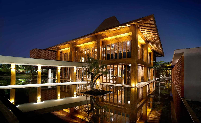 Mint-Ds Djati Lounge & Djoglo Bungalow Araya, Malang, East Java Araya, Malang, East Java Night View  16179