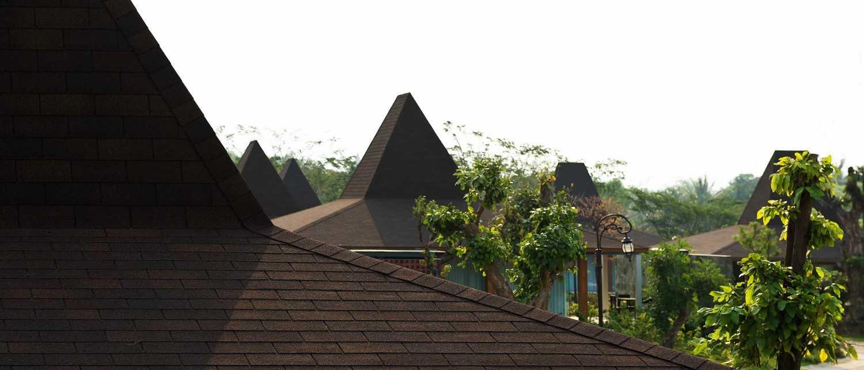 Foto inspirasi ide desain atap Djoglo bungalow - roof oleh MINT-DS di Arsitag