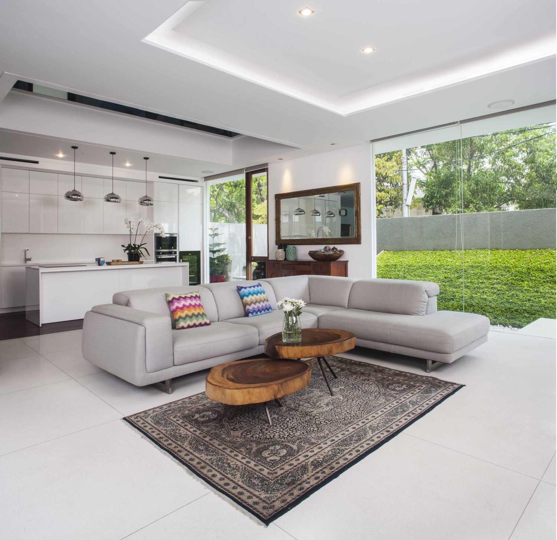 Mint-Ds Is House Kemang, South Jakarta Kemang, South Jakarta Living Room  16298