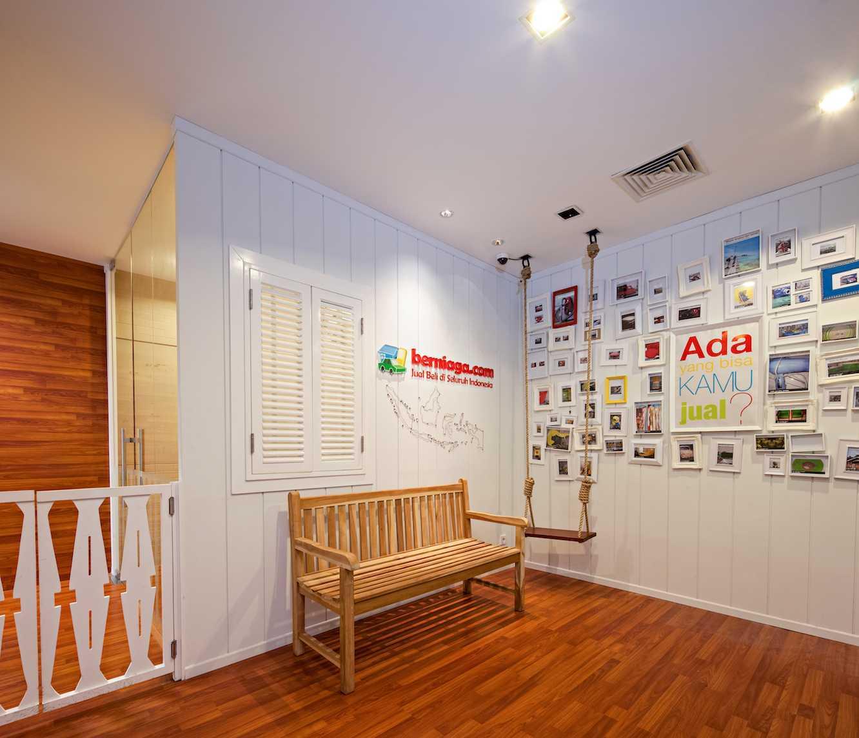 Pt Asa Adiguna Berniaga.com Menara Prima Ii Building Menara Prima Ii Building Lobby Minimalis 24509