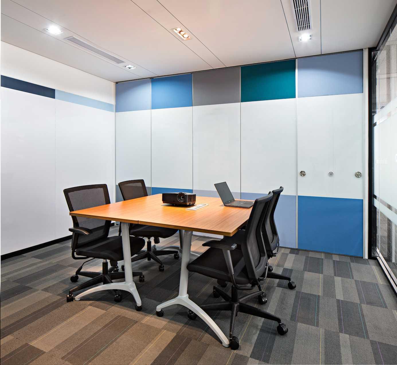 Pt Asa Adiguna Allegro Development Menara Thamrin Building Menara Thamrin Building Small Meeting Room Modern 24589