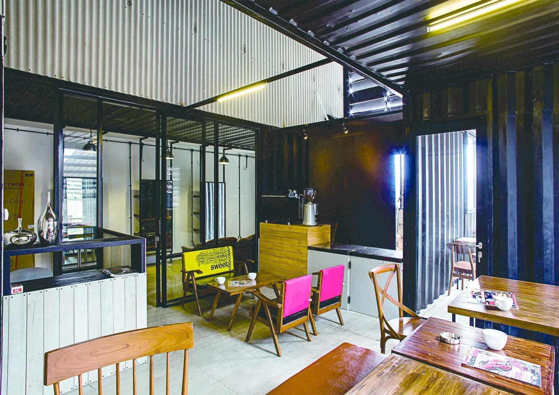 Psa Studio Seven Signatures Detailing Jakarta, Indonesia Jakarta, Indonesia Cafetaria  16486