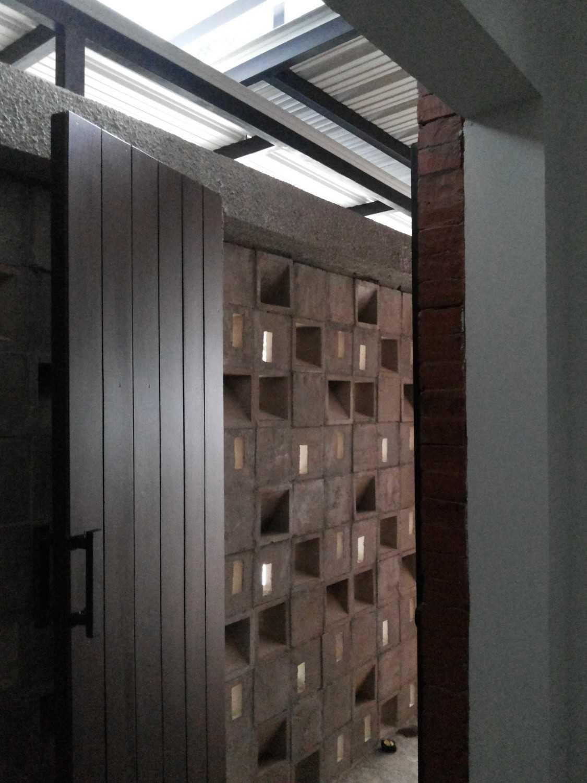 Psa Studio Delman Kencana Jakarta,  Indonesia Jakarta,  Indonesia House-Entrance  16489