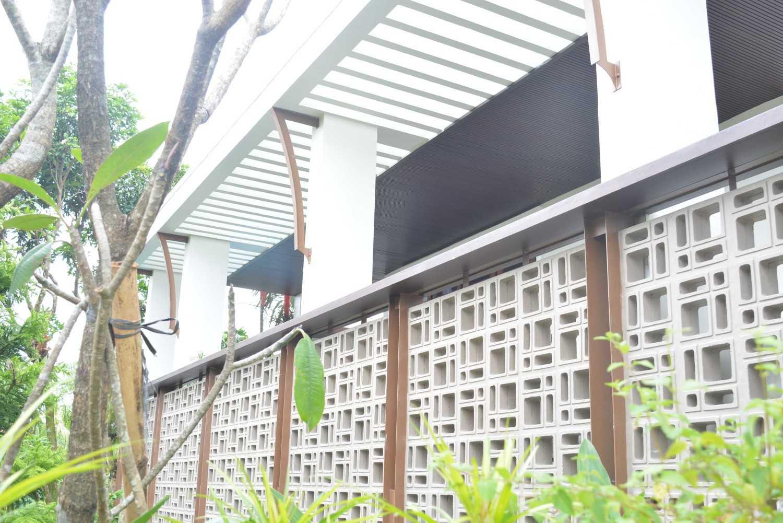 Psa Studio Villa Cimelati Sukabumi, West Java, Indonesia Sukabumi, West Java, Indonesia Eksterior-Wall-Gate-View Modern 16501