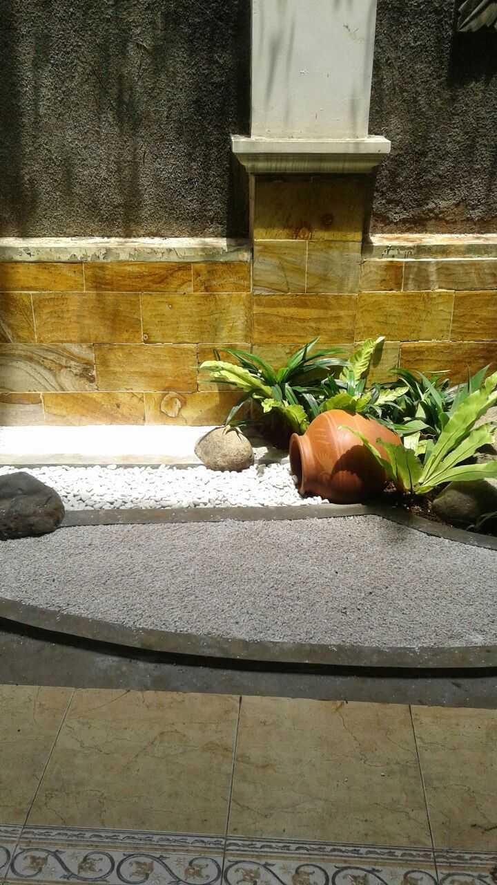 Afina Rahmani Design & Built Balinese Garden Pulomas - Jakarta Timur Pulomas - Jakarta Timur Taman Belakang  24090