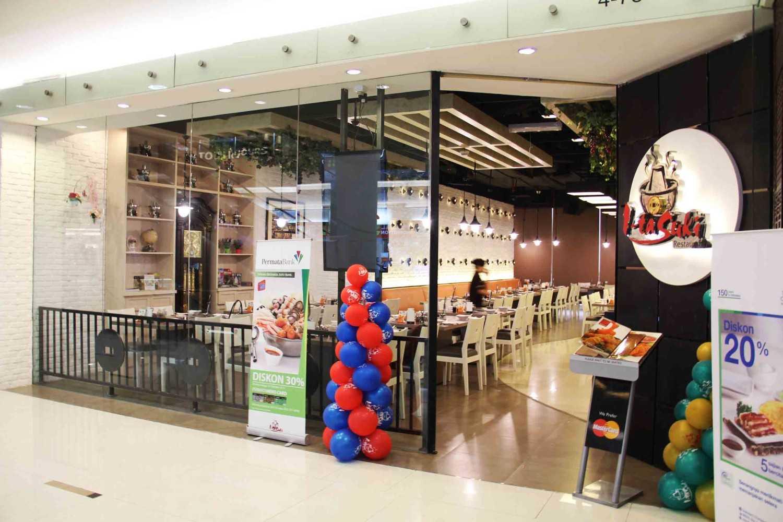 Co Associates I-Ta Suki Restaurant Senayan City, Jakarta Senayan City, Jakarta Entrance  18135