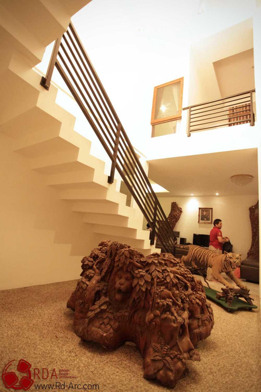 Farid  Rachmansyah Tropical Cube Grand City Regency Surabaya Grand City Regency Surabaya Stairs Tropis 16840