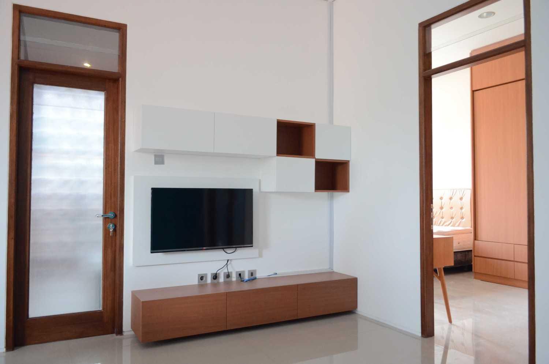 Mki Kt House Jakarta Timur Jakarta Timur Family Room In The 2Nd  Floor Modern 17074