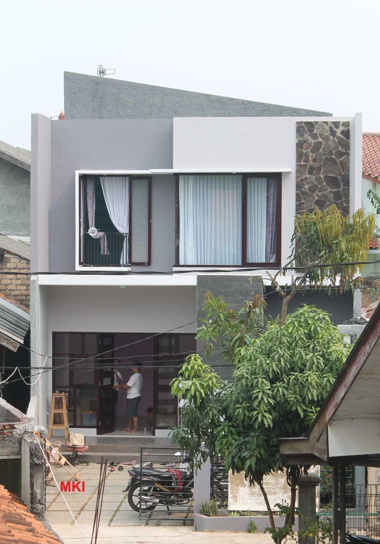 Mki Bw House Lubang Buaya, Jakarta Timur Lubang Buaya, Jakarta Timur Facade Modern 17080