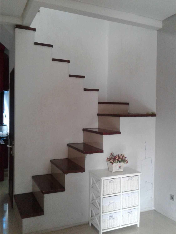 Mki Bw House Lubang Buaya, Jakarta Timur Lubang Buaya, Jakarta Timur Stairs Modern 19381