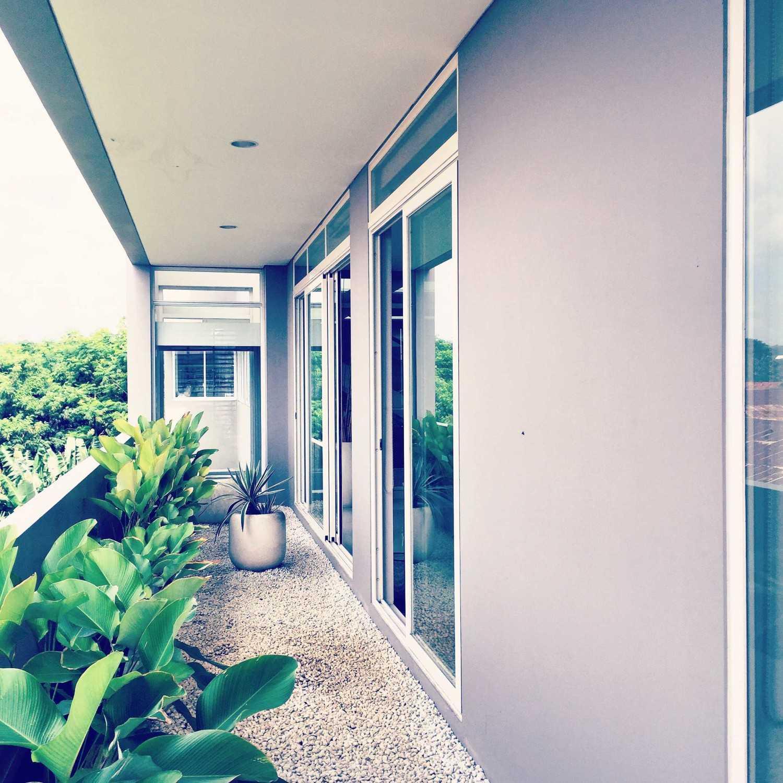 Tamara Wibowo An Office To Work And Live Semarang Semarang Img5059 Kontemporer 27947