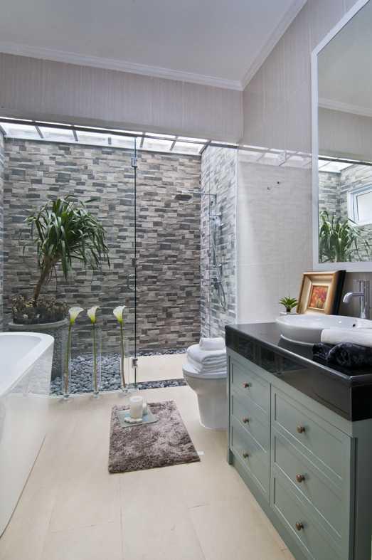 Foto inspirasi ide desain kamar mandi Bathroom oleh Cipta Desain Arsitektur Mandiri di Arsitag
