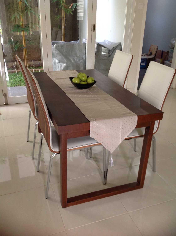 R-E Design Minimalist Residence Bintaro Bintaro Dining Room Minimalis 19506
