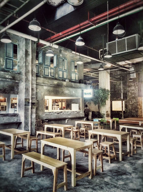 Pt. Labblu Creatif Ide Tangkiwood Foodhall Bekasi, West Java, Indonesia  Bekasi, West Java, Indonesia  Dinning-Area  17180