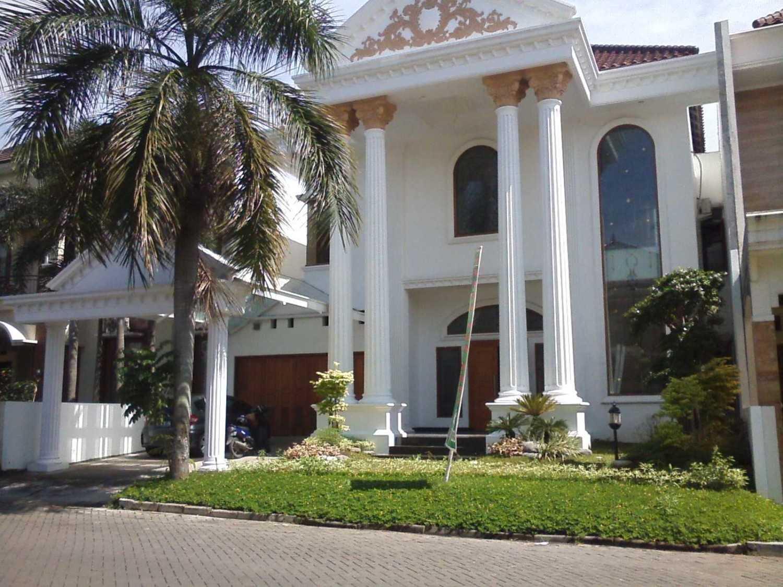 Ayu Fatmawati Graha Classic House Semarang Semarang Side View Klasik 26945