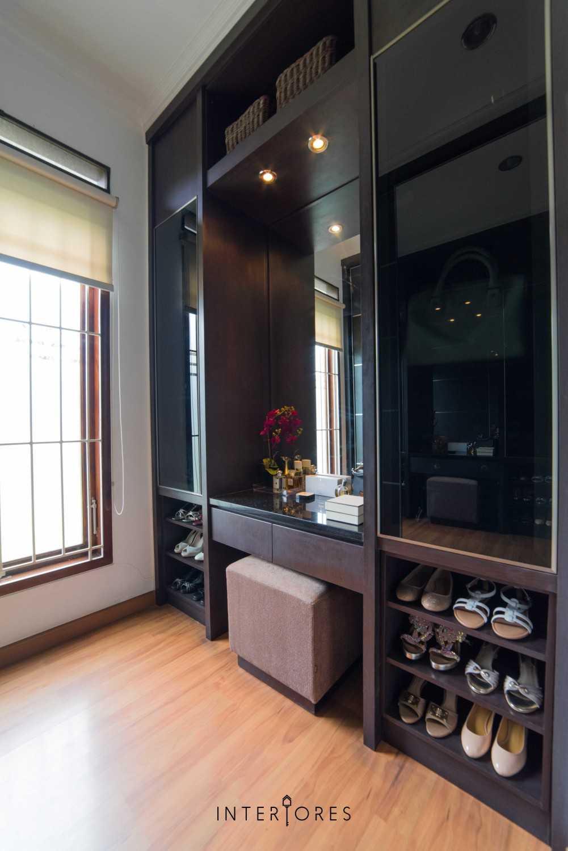 Interiores Interior Consultant & Build Greta 90 Bintaro Bintaro Vanity Table Kontemporer 17676