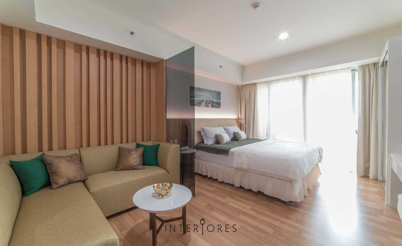 Interiores Interior Consultant & Build Studio 06C3 Kemang Village, Jakarta Selatan Kemang Village, Jakarta Selatan Bedroom And Livingroom Modern 17693