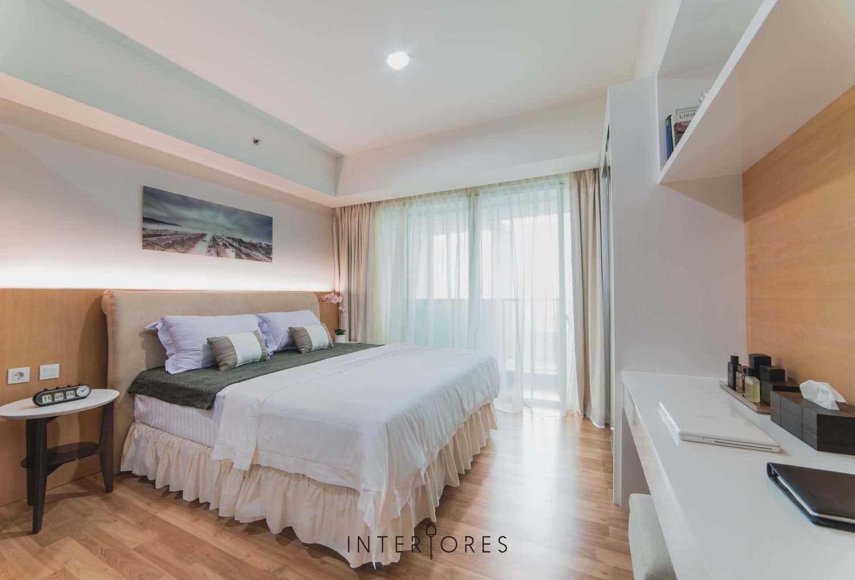 Interiores Interior Consultant & Build Studio 06C3 Kemang Village, Jakarta Selatan Kemang Village, Jakarta Selatan Bedroom Modern 17694