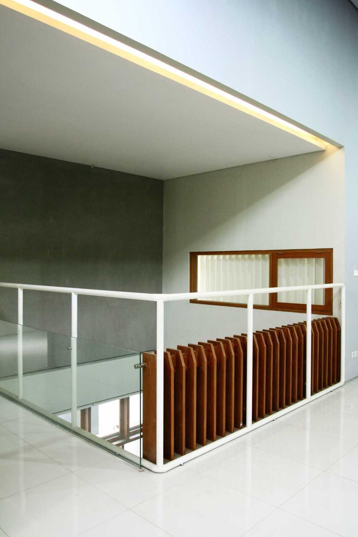 Armeyn Ilyas Doctor House Kelapa Dua Wetan, Ciracas, East Jakarta City, Jakarta, Indonesia Jakarta 2Nd Floor Area Modern 17731