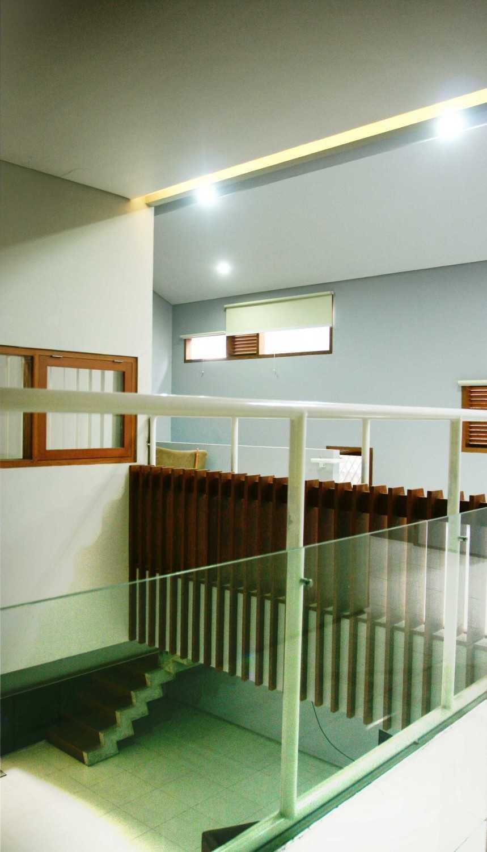 Armeyn Ilyas Doctor House Kelapa Dua Wetan, Ciracas, East Jakarta City, Jakarta, Indonesia Jakarta 2Nd Floor Area Modern 17733