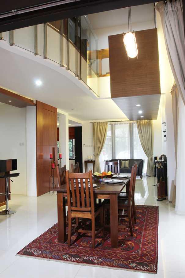 Armeyn Ilyas Red Renovation Ciputat - Tangerang Selatan Ciputat - Tangerang Selatan Ruang Makan  17991