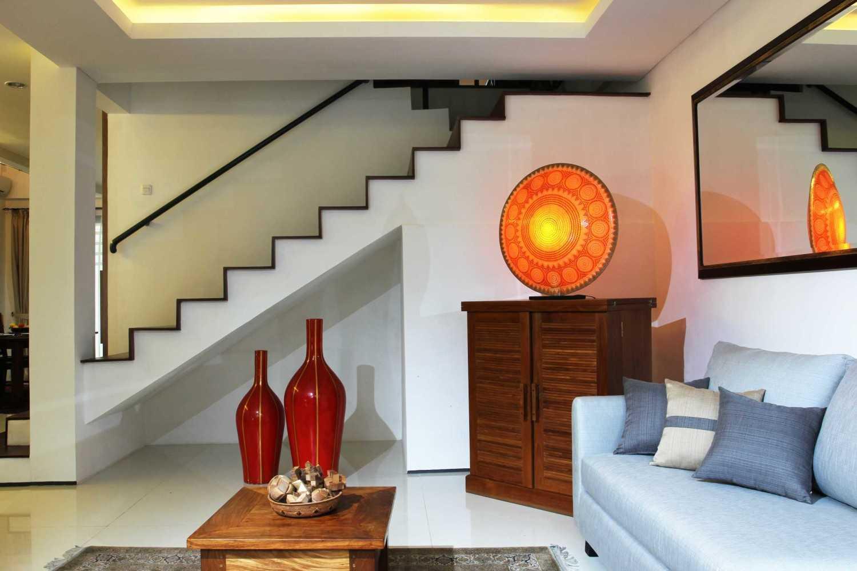 Armeyn Ilyas Red Renovation Ciputat - Tangerang Selatan Ciputat - Tangerang Selatan Ruang Tamu  17996