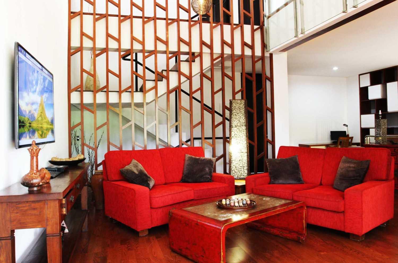 Armeyn Ilyas Red Renovation Ciputat - Tangerang Selatan Ciputat - Tangerang Selatan Ruang Keluarga  18002