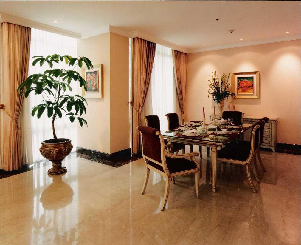 Kurniadi Sugiarta Four Season Apartment Jakarta Jakarta Dining Area Modern 22657