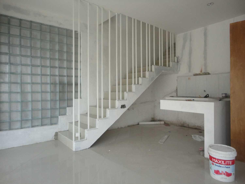 Studioindoneosia Rumah Gandeng Bantul Regency, Special Region Of Yogyakarta, Indonesia Jalan Janti Raya, Gg Jomblang-Jalan Sengon, Bantul, Yogyakarta Stairs  19325