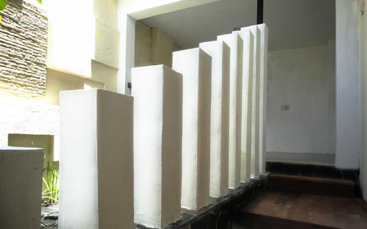 Indoneosian Architect Rumah Sentralungu (Renovasi) Cebongan, Sleman, Yogyakarta Cebongan, Sleman, Yogyakarta House Indoor Space Area  19828