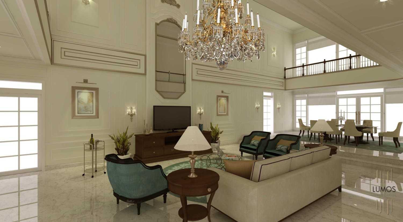 Foto inspirasi ide desain ruang keluarga klasik 7 oleh Lumos Interior Design di Arsitag