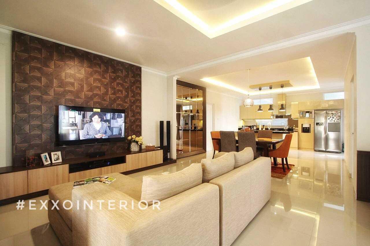 Exxo Interior Residence @ Somerset Kota Wisata Cibubur Cibubur Living Room  25778