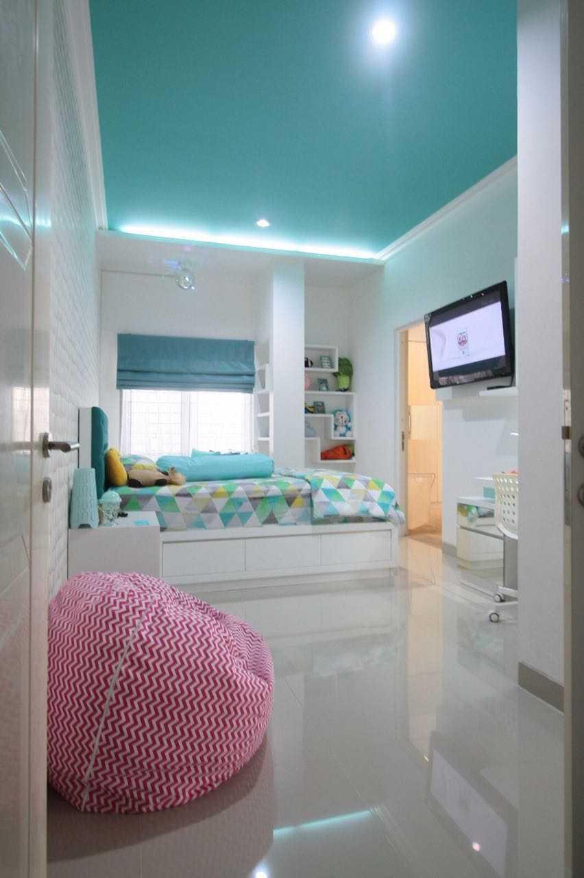 Exxo Interior Residence @ Somerset Kota Wisata Cibubur Cibubur Kids Bedroom  25781