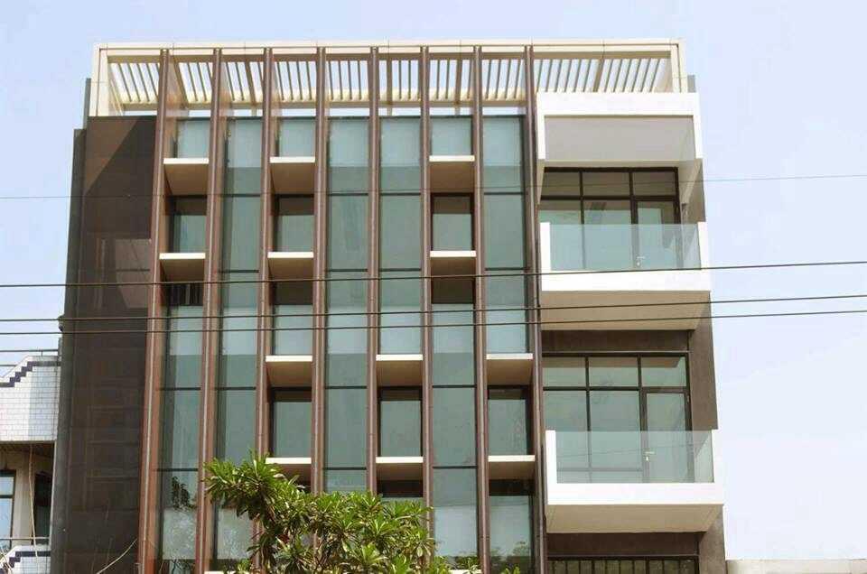 Simple Projects Architecture Pb131 Office Jl.perak Barat 131, Surabaya - Indonesia Jl.perak Barat 131, Surabaya - Indonesia Front View  21669