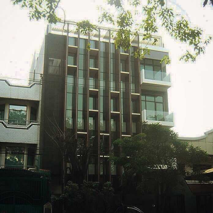 Simple Projects Architecture Pb131 Office Jl.perak Barat 131, Surabaya - Indonesia Jl.perak Barat 131, Surabaya - Indonesia Front View  21702