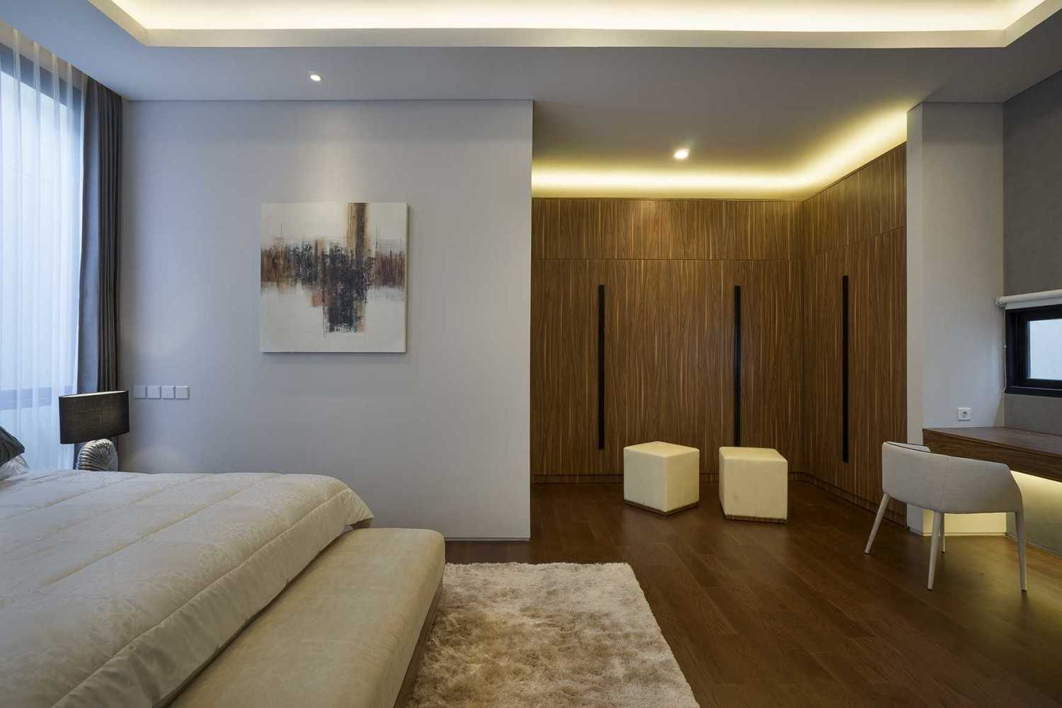 """Simple Projects Architecture """"s"""" House Pakuwon Indah, Surabaya - Indonesia Pakuwon Indah, Surabaya - Indonesia Master Bedroom  32982"""