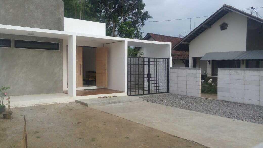 Duatitik Architecture Rumah Magelang Magelang, Jawa Tengah, Indonesia Magelang, Jawa Tengah, Indonesia Img2022 Modern 37743