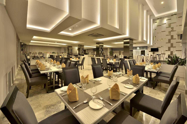 Melly Purnamahildha Tarman Grand Tjokro Pekanbaru Pekanbaru, Riau, Indonesia Pekanbaru, Riau, Indonesia Restaurant Modern 20453