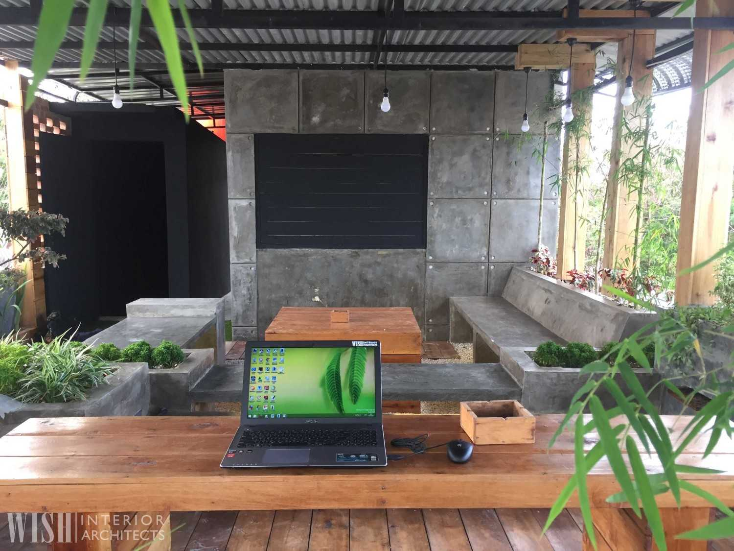 Wish Interior+Architects V Rooftop Garden Pekanbaru Pekanbaru Seating Area  28285