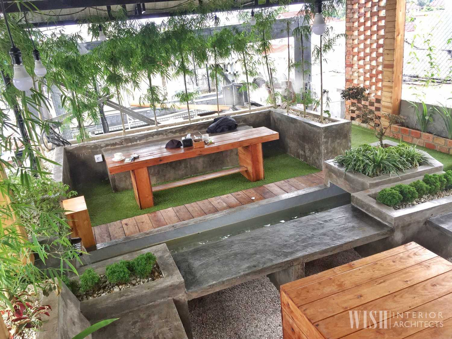 Wish Interior+Architects V Rooftop Garden Pekanbaru Pekanbaru Rooftop Area  28286