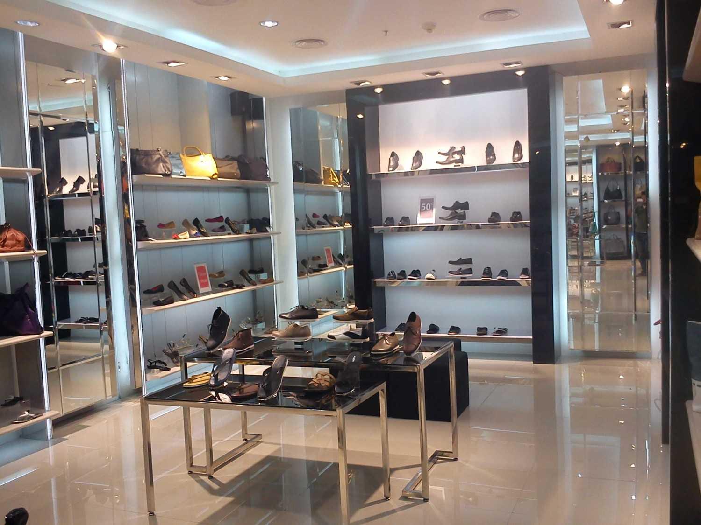 Canvas Mkc Noche Store Solo Square - Solo Solo Square - Solo Shoes Display Modern 20901
