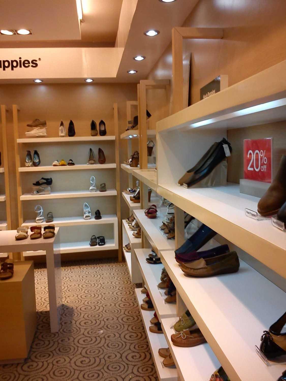 Canvas Mkc Hush Puppies Store - Medium Dsm - Bali Dsm - Bali Shoes Display Modern 21109